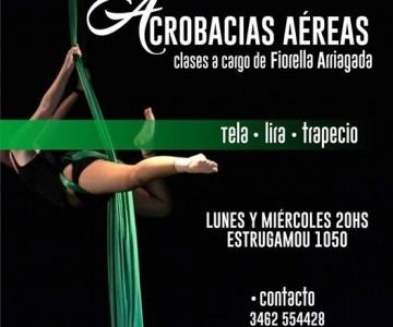 ACROBACIAS AéREAS FIORELLA ARRIAGADA en Venado Tuerto