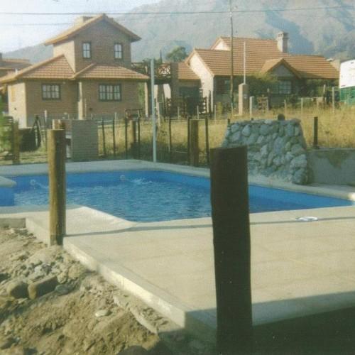 Piscinas el puerto construccion piscinas guia comercial for Empresas de construccion de piscinas